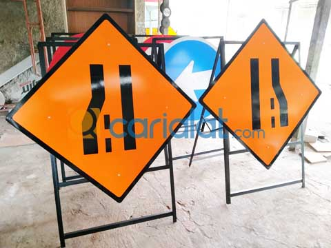 Rambu Proyek Jalan